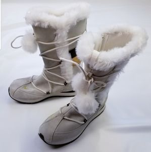 Nike winter snow tall boots